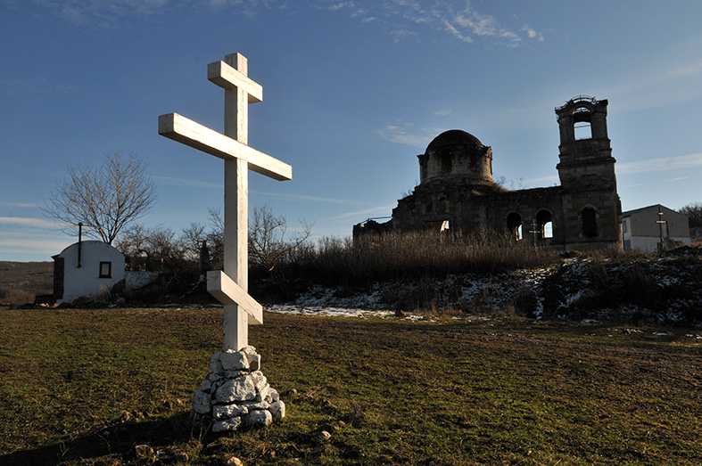 Лаки, храм Святой Троицы