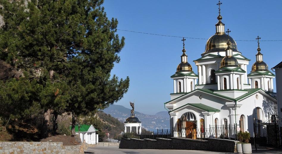 Паломнический тур к 1025 Крещения Руси и 400-летию  Дома Романовых.